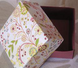 Gudrun_papercraft_8box